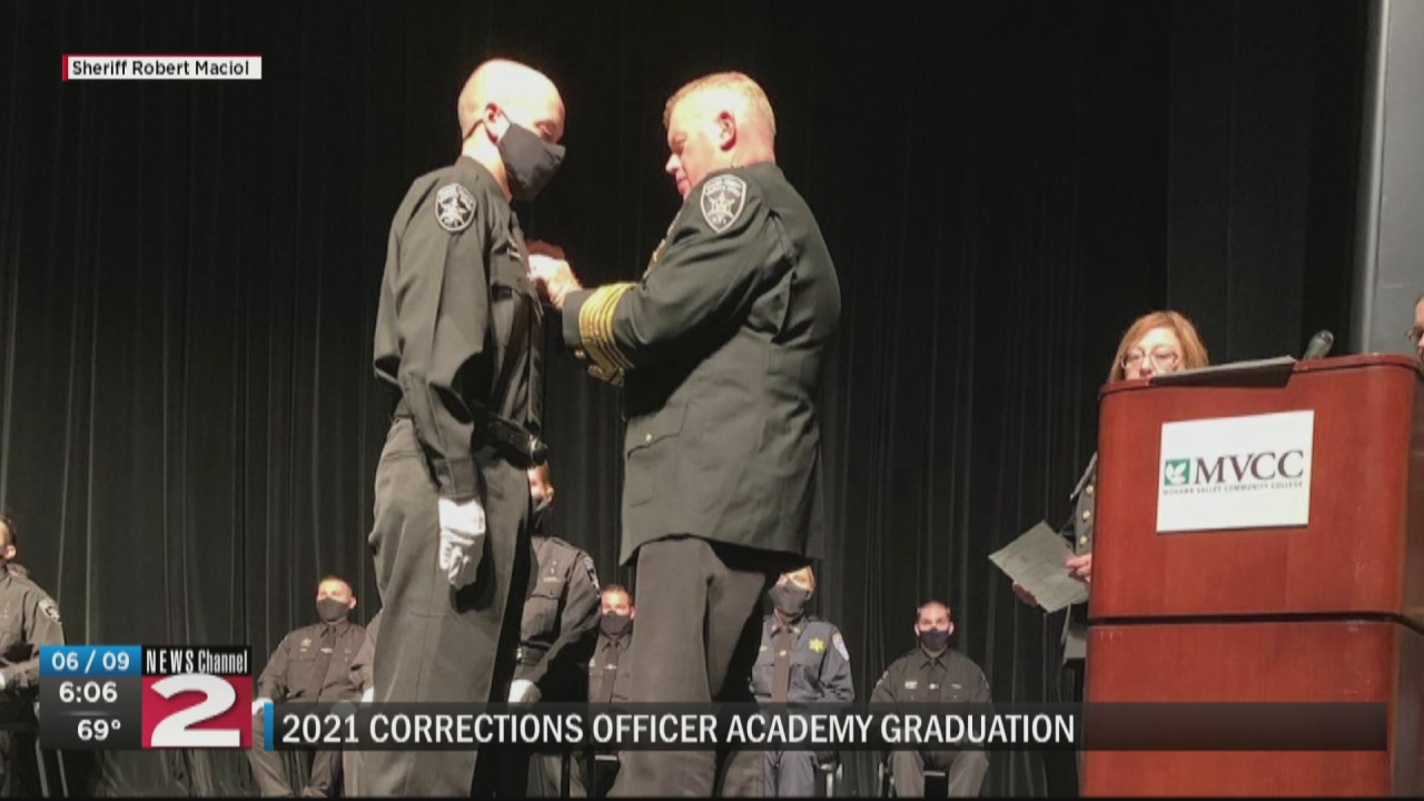 Image for 18 officers graduate from Mohawk Valley Corrections Academy