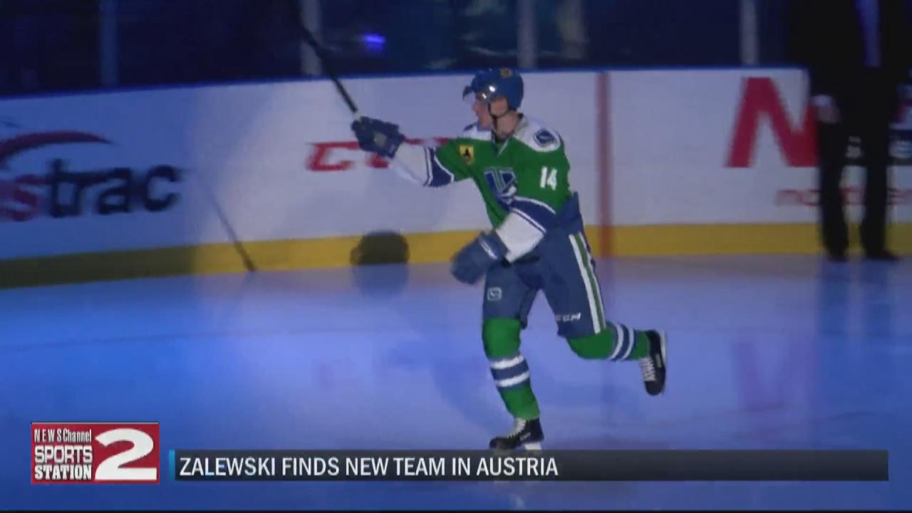 Image for Former Comets forward, New Hartford native Zalewski finds new team in Austria