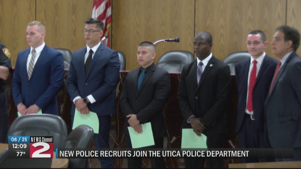 Image for 5 new recruits join Utica Police Department