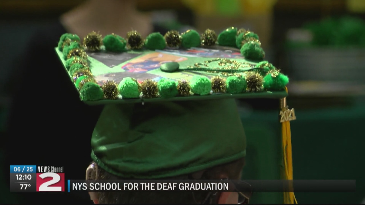 Image for New York State School for the Deaf celebrates 2021 graduates