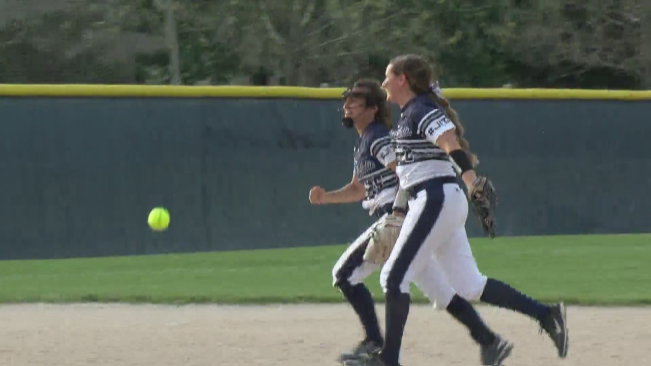 Image for Fountain Central outlasts Central Catholic, advances in state tournament