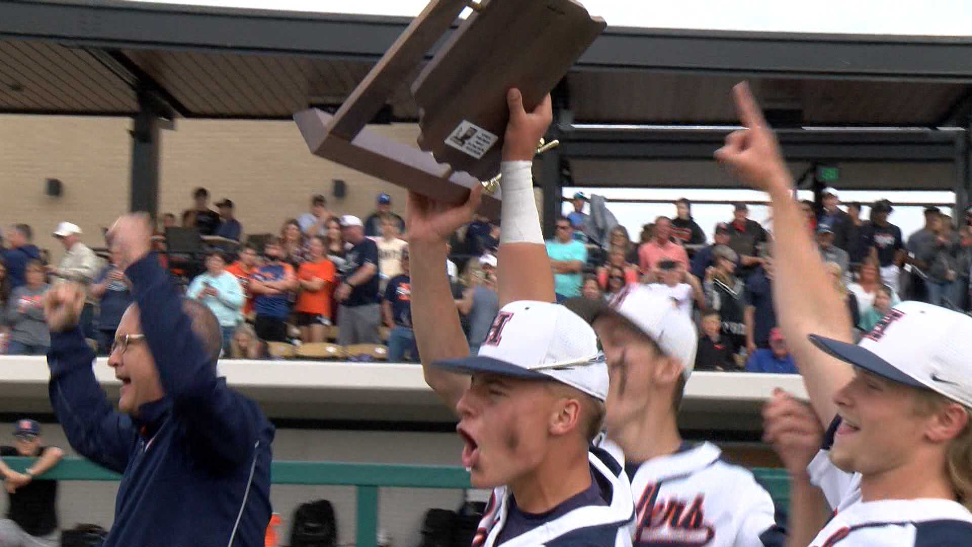 Image for Harrison downs McCutcheon in sectional championship, 10-4