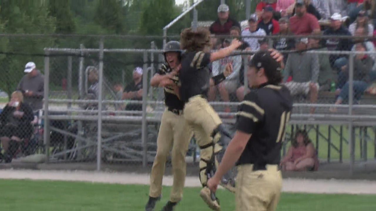 Image for Productive offense leads Delphi to sectional championship win over Seeger, 7-3