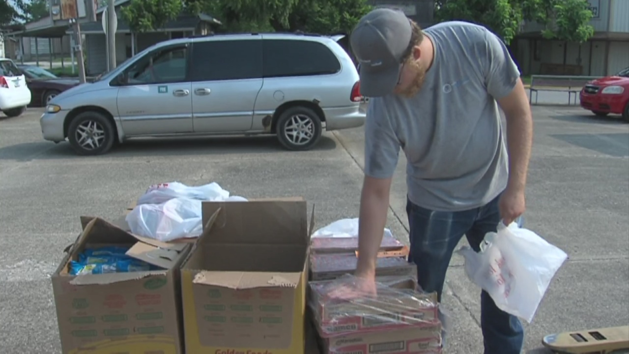 Image for Monthly food pantry works to help people get their hands on fresh food